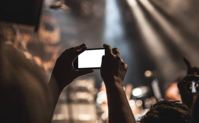 Aprovecha las transmisiones en vivo en redes sociales